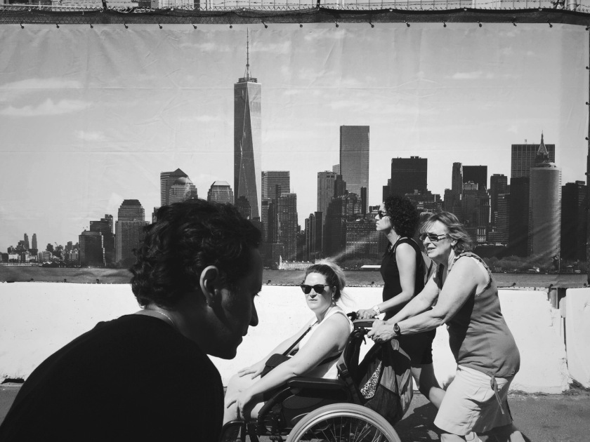 wtc mural b&w with people